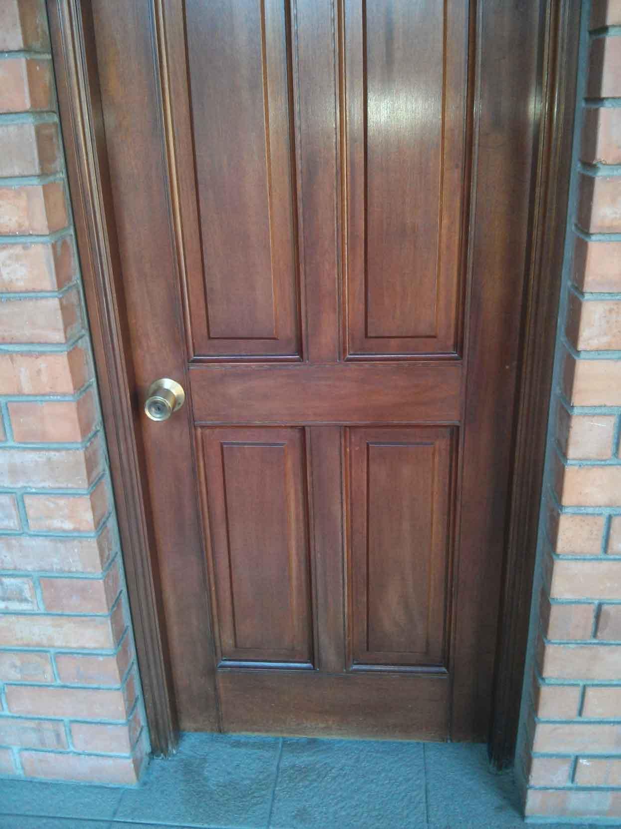 Puerta Atablerada 4 tableros caoba