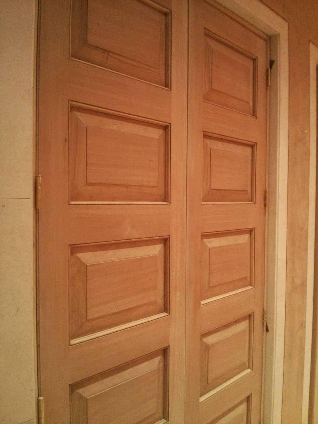 Puerta Caoba