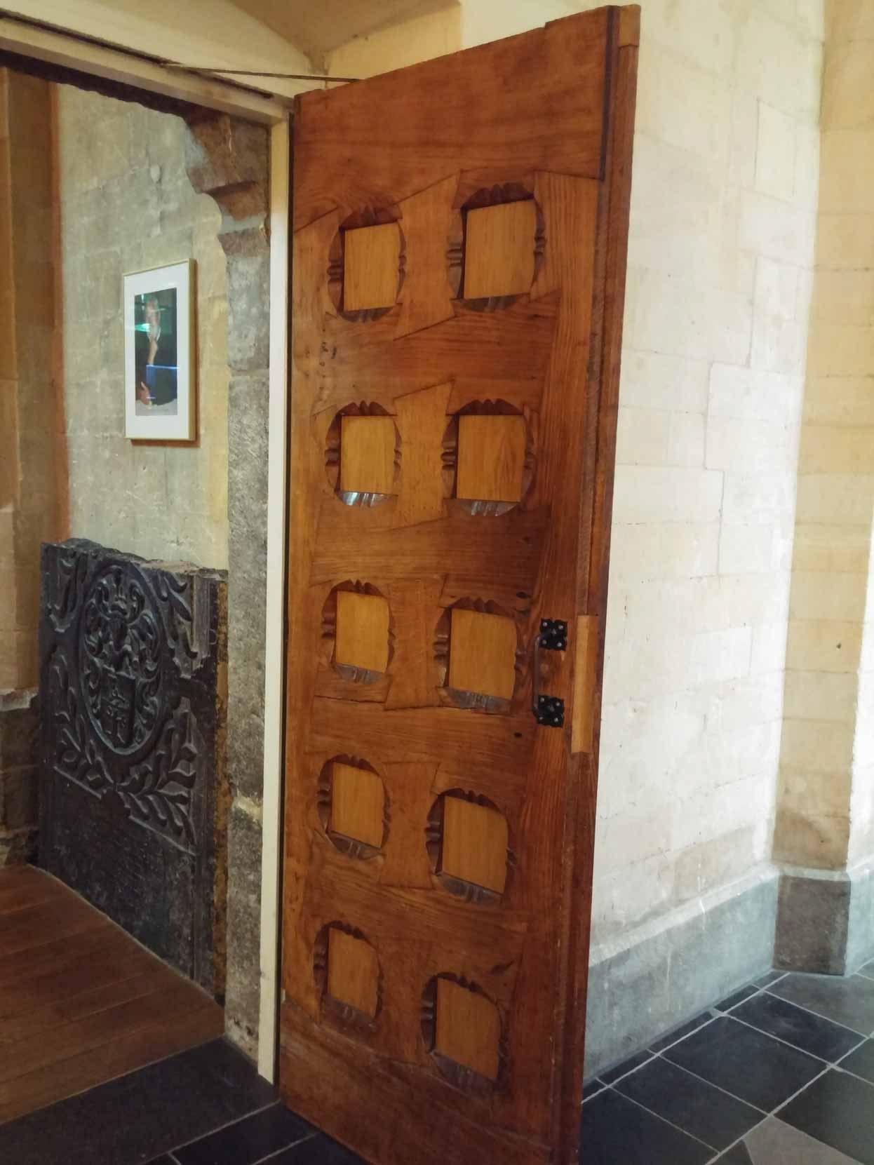 Puerta Raulí Atablerada